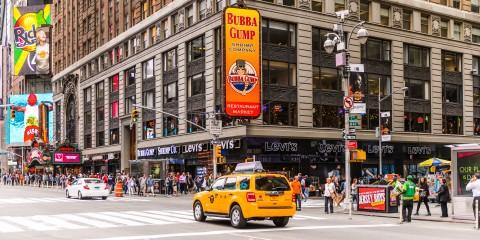 """Bubba Gump New York: il ristorante ispirato dal film """"Forrest Gump"""""""